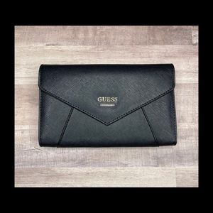 GUESS Gia Envelope Clutch